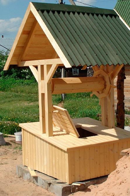 Какие у нас домики для колодца в Уваровке